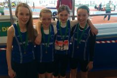 U13 girls relay